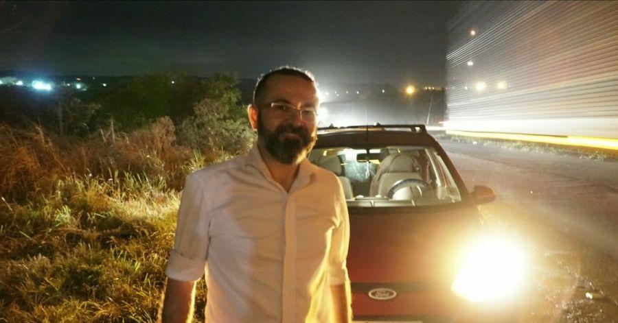 """00 29 - """"NÃO TEMOS JATINHO"""": Tárcio Teixeira, candidato ao Governo da Paraíba, fica no prego na estrada"""