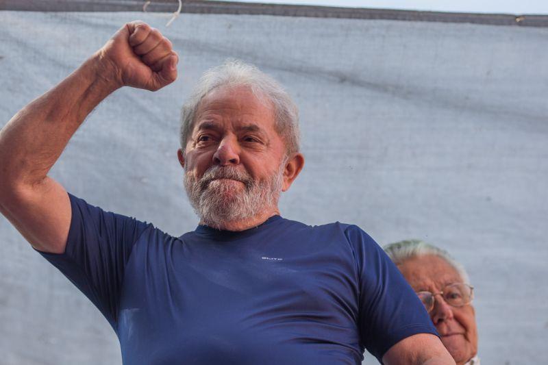 """0745ea6629124c67ddc2d29f217f0921 - Em carta, Lula manda general Mourão fazer curso de humanismo : """"não julgue avós e mães pobres pelo seu conceito medíocre"""""""