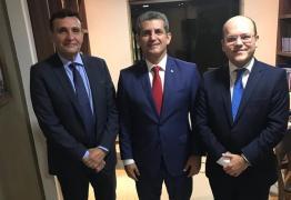 Delosmar Mendonça e Rodrigo Toscano de Brito declaram apoio à reeleição de Paulo Maia