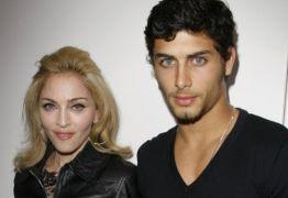 Saudade do ex? Madonna posta foto com Jesus Luz e manda recado
