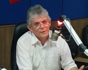 Capturar 40 300x239 - OUÇA: Ricardo Coutinho desafia ex-governadores para debater segurança pública na Paraíba