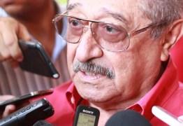 Maranhão ignora pesquisa, convoca militância e denuncia esquema para tirá-lo do 2o turno