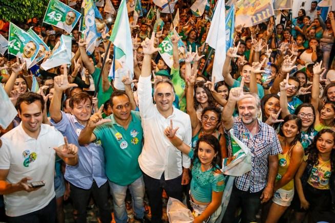 WhatsApp Image 2018 09 27 at 09.47.18 300x200 - Lucélio critica perseguições políticas e diz que vai governar para o povo