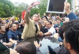 Ataque a Bolsonaro eleva tensão e põe campanha em alerta máximo