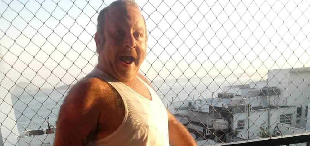 charles paraventi ator globo divulgacao fixed large - Ator diz que foi demitido da Globo após flagra com maconha