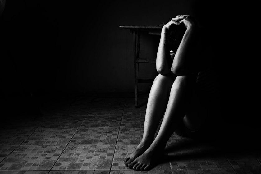 estupro4 - Homem é preso suspeito de dopar e estuprar menina de 14 anos na frente da amiga