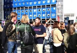 Colégios eleitorais abrem na Suécia para pleito legislativo