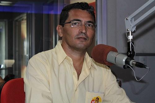 nelson jr - Candidato ao senado pelo PSOL,  Nelson Junior defende descriminalização da maconha
