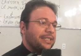 DEBATE DA DIOCESE PB: Trêscandidatos desistem e geram revolta dos organizadores: VEJA VÍDEOS