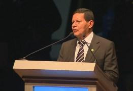 Mourão diz que é 'coerente' assumir comando da campanha e avalia representar Bolsonaro em debates