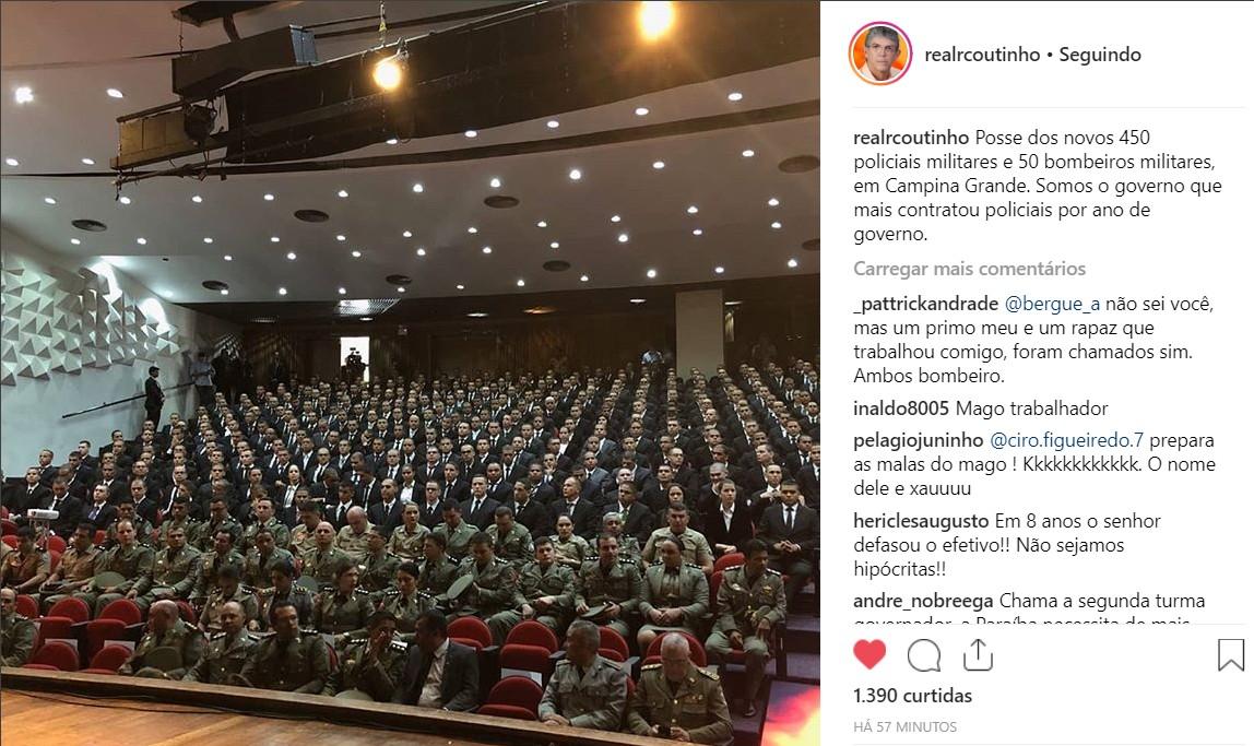 pose policiais - 'A paz não se conquista apenas com efetivo policial' Avalia o Governador em live na posse de 500 policiais: VEJA VÍDEO