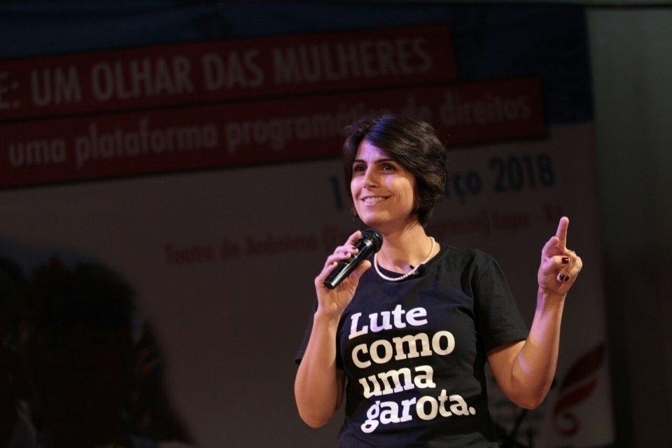 204559 manuela davila - Manuela D'ávila questiona 'hombridade' de Bolsonaro e General Mourão: 'Quem quer governar tem que debater'