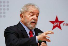 """VEJA VÍDEO: Lula convoca eleitores a """"levantar a cabeça"""" e votar"""
