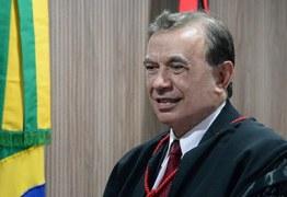 Desembargador Carlos Martins Beltrão Filho conduz a primeira Sessão como presidente do TRE
