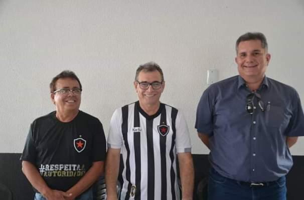 FPF 300x198 - Em assembleia realizada neste domingo, Botafogo elege seu Conselho Deliberativo