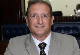 Hervázio Bezerra diz que desconhece nome de Adriano Galdino para disputa da presidência da ALPB