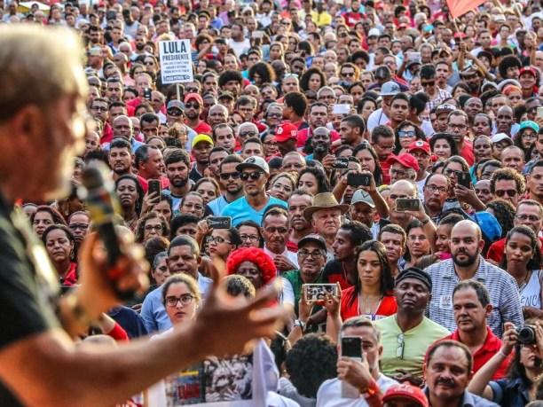 Lula 1 300x225 - Confira carta de Lula sobre o segundo turno das eleições