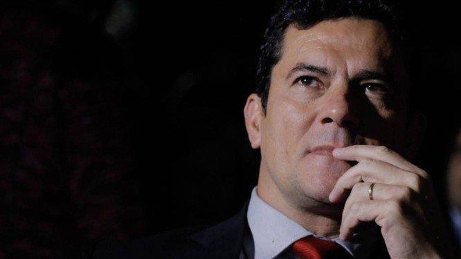 SERGIO MORO - Sérgio Moro chega ao condomínio onde Bolsonaro mora no Rio de Janeiro - VEJA VÍDEO