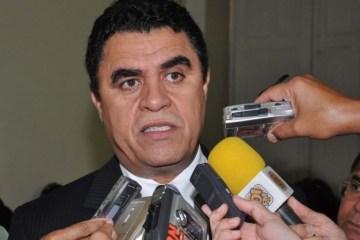 """""""ACATAMOS TODAS AS EMENDAS APRESENTADAS"""" Wilson Santiago defende mudanças nas regras eleitorais"""