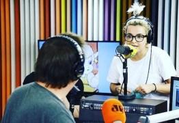 """VEJA VÍDEO: Amanda Ramalho pede demissão do """"Pânico"""" após barraco com Biel em rádio"""