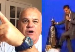 """VEJA VÍDEOS: 23 anos após chutar imagem de Nossa Senhora, bispo faz discurso inflamado pró-Bolsonaro e diz que """"PT é o diabo"""""""