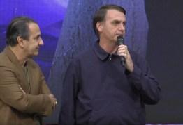 VEJA VÍDEO: Bolsonaro diz em culto não ser o mais capacitado, mas afirma que 'Deus capacita os escolhidos'