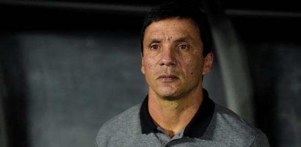 bota - Zé Ricardo se irrita com salários atrasados recorrentes no Botafogo