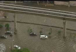 ESTADO DE ALERTA: Chuva deixa diversas regiões alagadas na cidade de São Paulo