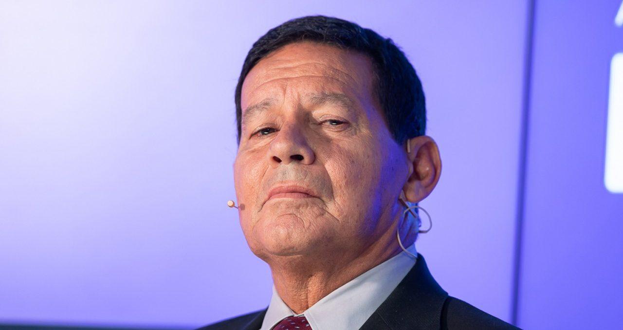 debate entre candidatos a vice presidente hamilton mourao 1 e1548017346563 - General Mourão defende diálogo com Nicolás Maduro, 'Alguém tem que conversar'