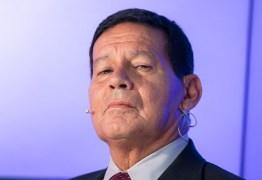 General Mourão defende diálogo com Nicolás Maduro, 'Alguém tem que conversar'