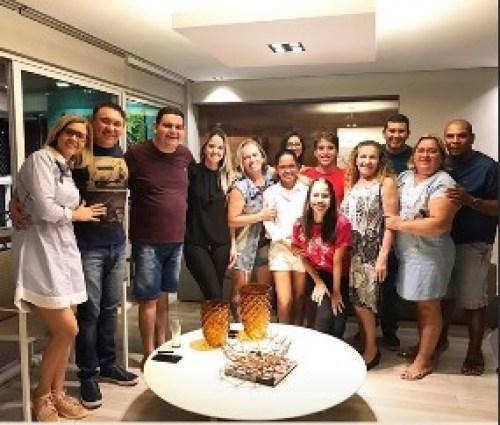 fabiano - APÓS DRAMA PESSOAL: Fabiano se apoia na religião e valorização da família e dos verdadeiros amigos