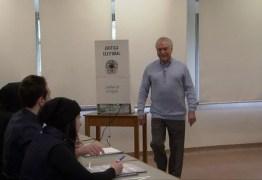 Após votar, Temer diz ter confiança nas urnas eletrônicas e convicção de que eleição será tranquila