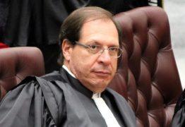 Ao negar pedido de Haddad contra fake news, ministro diz que TSE diz que é incapaz de controlar whatsapp