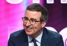 VEJA VÍDEO: humorista fala sobre Bolsonaro em programa e faz alerta