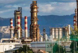Petrobras anuncia 3ª redução consecutiva no preço da gasolina