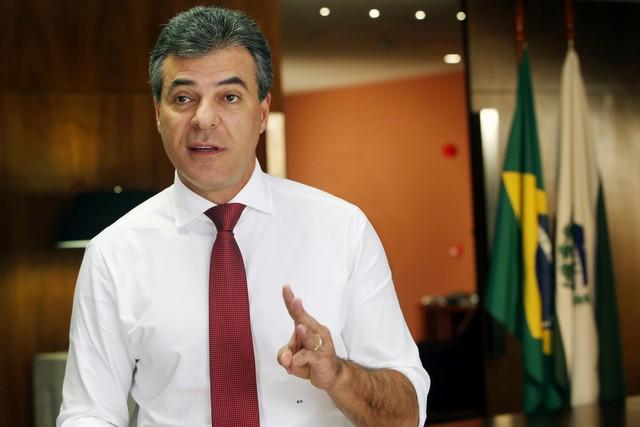 richa - DESVIO DE MAIS DE R$ 20 MILHÕES: Beto Richa e mais 10 são denunciados por improbidade