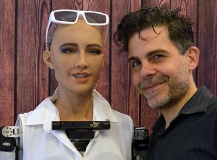 xblog sophia hanson.jpg.pagespeed.ic .9h9G5ktFeZ - Sophia, a robô social, é a primeira humanoide a receber visto de viagem oficial