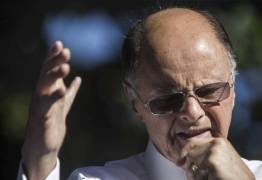 Universal usou sua máquina para exaltar Bolsonaro e atacar Haddad