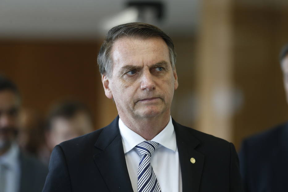 1541610754701 - Bolsonaro diz que, se fosse Temer, vetaria reajuste para magistrados