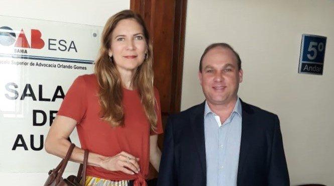 2 Advogada Karla Menezes e juiz Sami Storch FOTO DIVULGAÇÃO 1 e1541779684181 - Direito Sistêmico oxigena e humaniza judiciário brasileiro