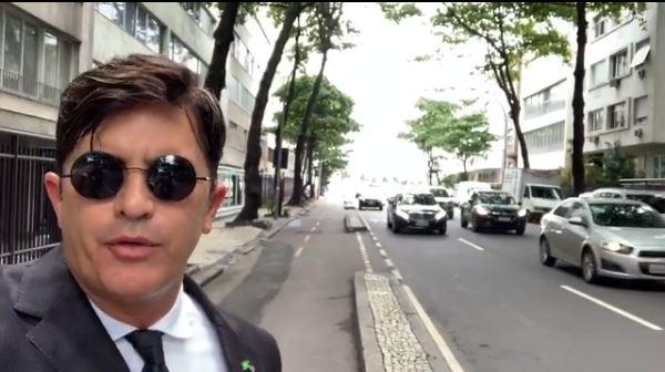 EXCLUSIVO: Policia Federal cumpre mandado de busca e apreensão em apartamento de Manoel Júnior