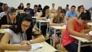 Enem  Provas 300x169 - Mais de 37 mil faltam ao Enem no segundo dia de provas na Paraíba