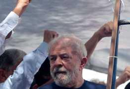 Em carta ao PT, Lula avisa: 'ataques vão aumentar, temos que voltar às ruas'