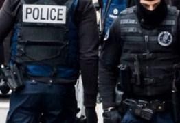 Polícia prende 4 pessoas por morte de criança; vítima teria se recusado a fazer o dever de casa