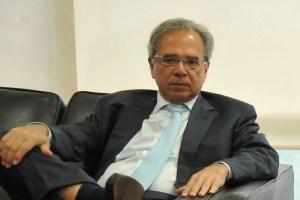 Paulo Guedes 300x200 - Paulo Guedes participa de reunião inaugural da equipe econômica