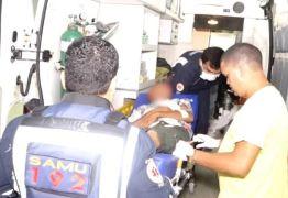 Motorista invade terminal de ônibus, atropela passageira e é agredido pela população – VEJA VÍDEO