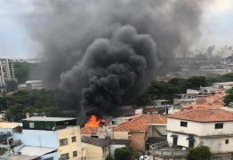 Aeronave cai sobre casas na zona norte de São Paulo: VEJA VÍDEO