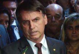 'Cem por cento só confio no meu pai e na minha mãe', diz Bolsonaro sobre Onyx