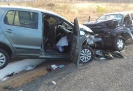 Idoso morre e sete pessoas ficam feridas após acidente na BR-230, no Sertão da Paraíba