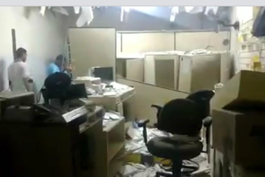correios coremas - VEJA VÍDEO: quadrilha explode agência dos Correios da cidade de Coremas